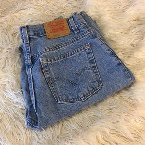 Vintage Levi Jeans | size 10L 550